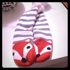 Women's cozy reading socks 🧦